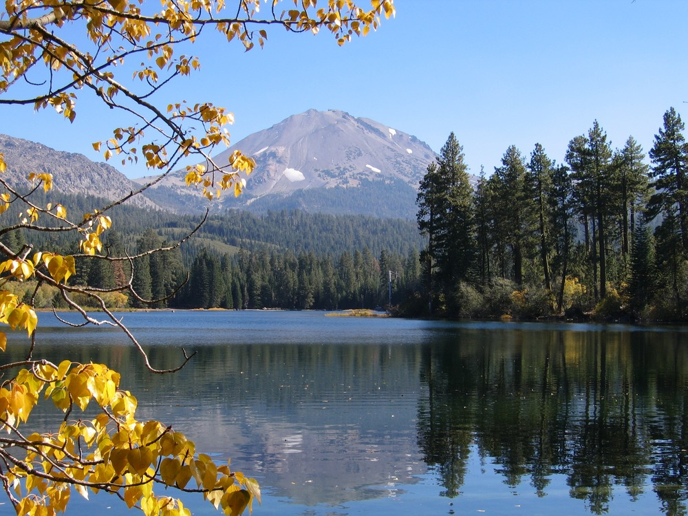 Lassen Peak reaches a height of over 10,000 feet and is the largest plug dome volcano in the world.