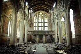 A recent interior photo shows how the beautiful church has been abandonned