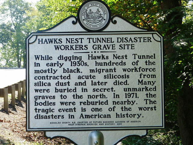 Hawks Nest Tunnel Disaster Workers Grave Site Historical Marker.
