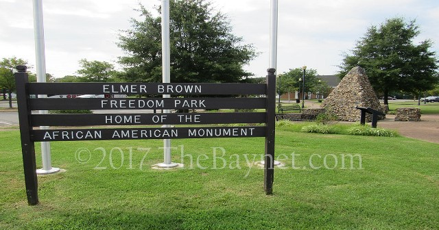Entrance sign to the park.