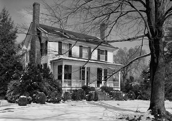 Black and white picture of the Nash-Hooper House
