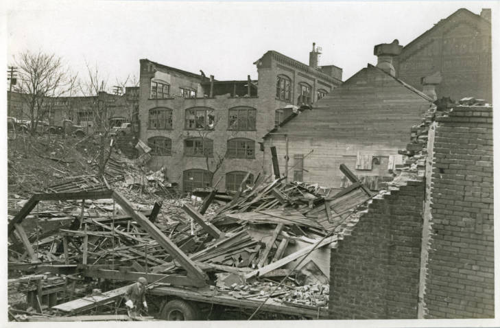 The Selle Building after the 1943 tornado
