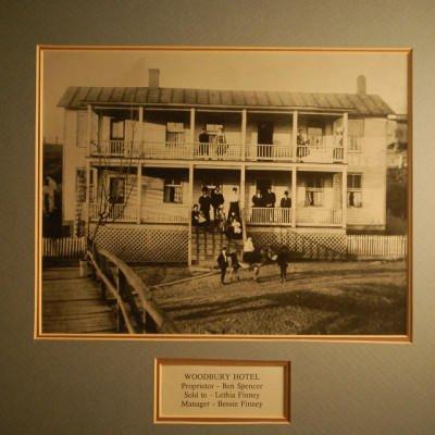 Finny Hotel