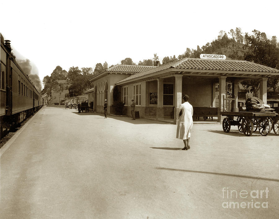 Atascadero Rail depot ca. 1930s.