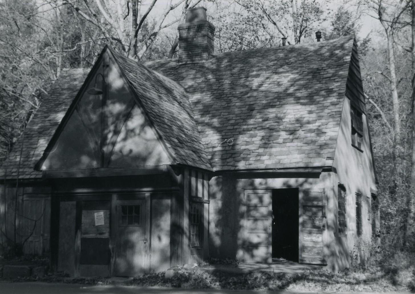 Bear Mountain Tollhouse in 1976.