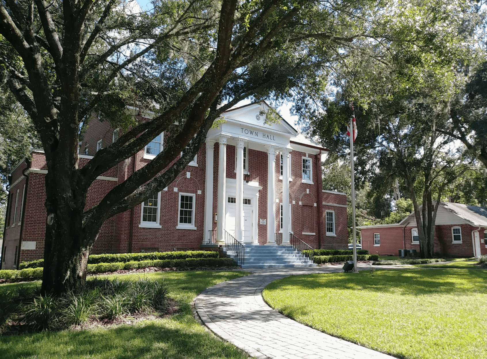 Orange City Town Hall - South elevation, taken Sept 11, 2018 by Kim Reading
