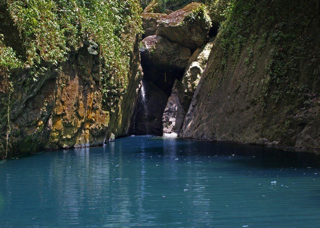 San Cristobal Canyon's blue lagoon where you can swim.