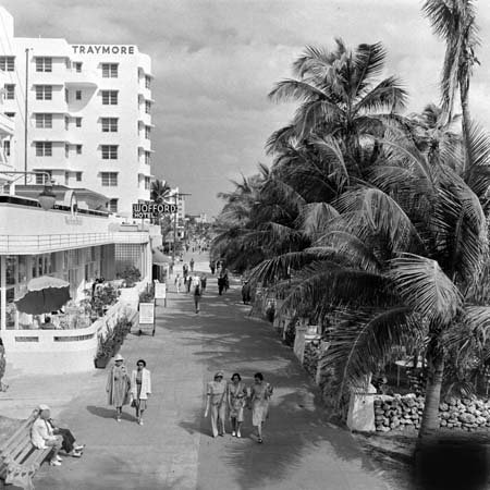 Traymore & Wofford Hotel, Miami Beach, Florida c. 1940s.