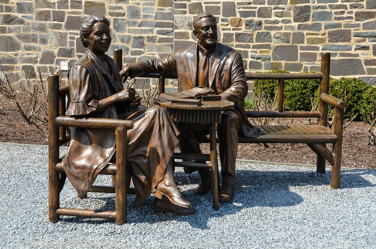 Life size statue of FDR and Eleanor Roosevelt at the Henry Wallace Visitor Center, modeled after an August 1933 photograph of the Roosevelts in Hyde Park