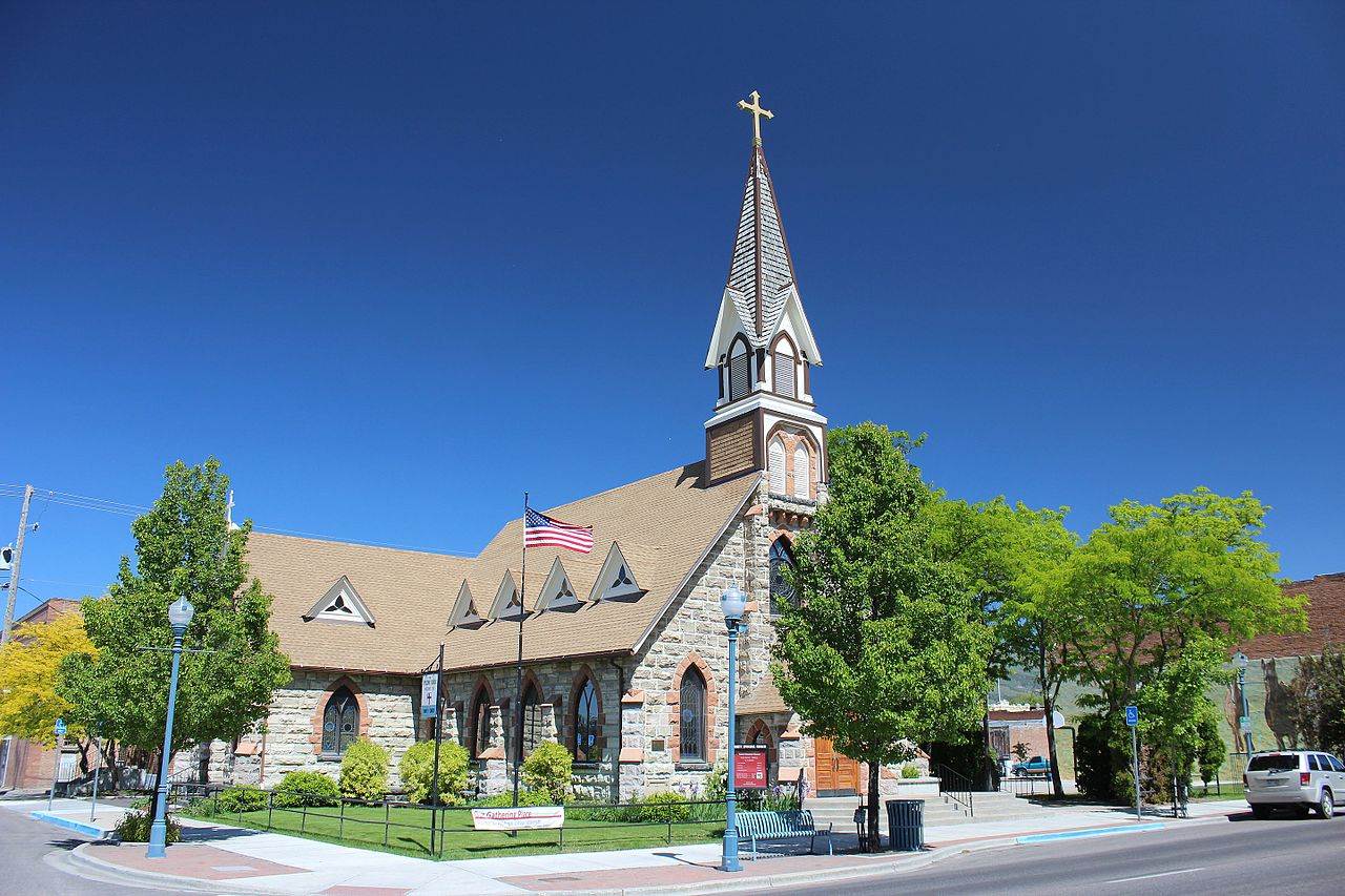 Erected in 1898, Trinity Episcopal Church is the second oldest church in the city after St. Joseph's Catholic Church.