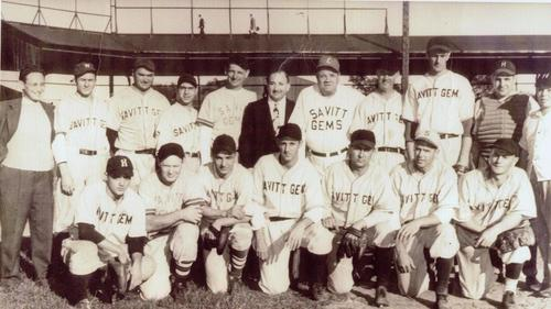 Babe Ruth as a Savitt Gem in his last-ever plate appearance.