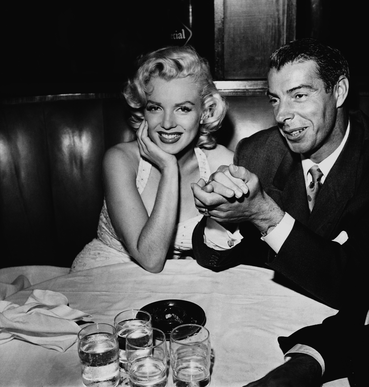 Marilyn Monroe and Joe DiMaggio dining at Chasen's in 1953, a few months before their marriage in January 1954