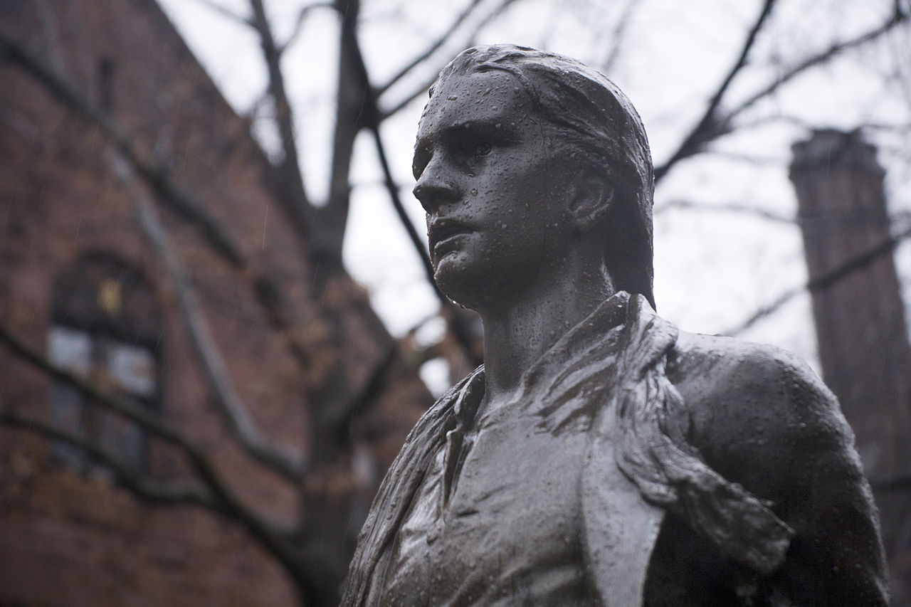Statue of Captain Nathan Hale erected on the grounds of his alma mater Yale University thanks to the support of George Dudley Seymour.
