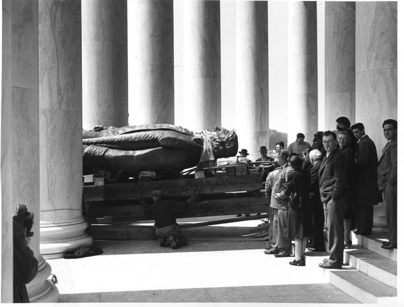 The Jefferson statue narrowly entered through two columns. Photo courtesy of the National Park Service.