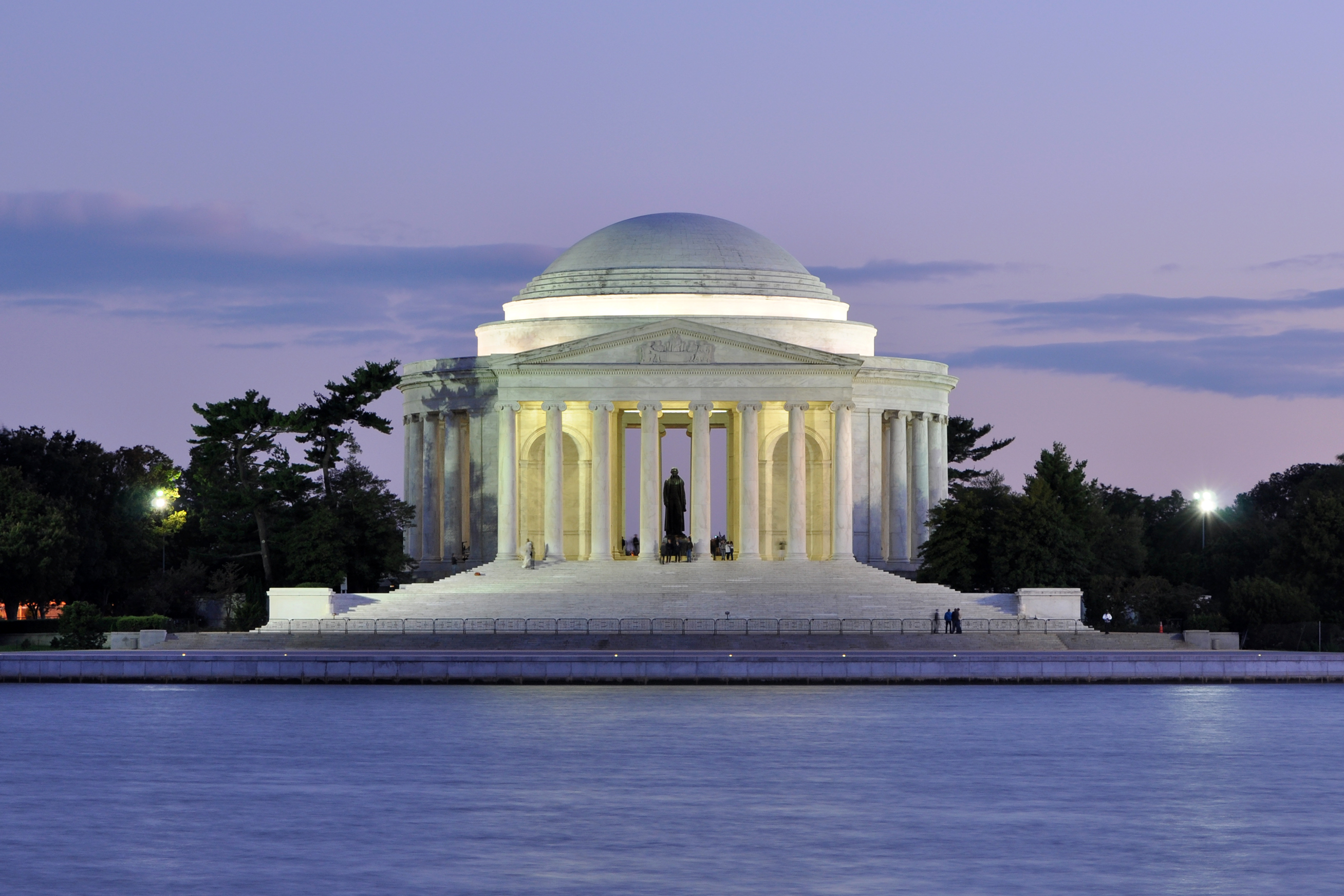 View of the Jefferson Memorial from the Tidal Basin at dusk. Photo by Joe Ravi, CC-BY-SA 3.0, Wikimedia Commons.