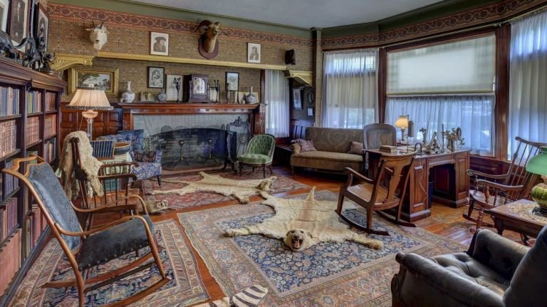 The library in Sagamore Hill, displaying Theodore Roosevelt's passion for hunting