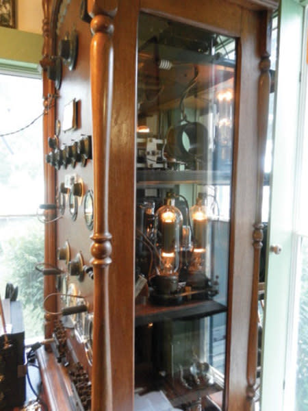 The radio was restored to the airwaves in 2012 by volunteers with the museum