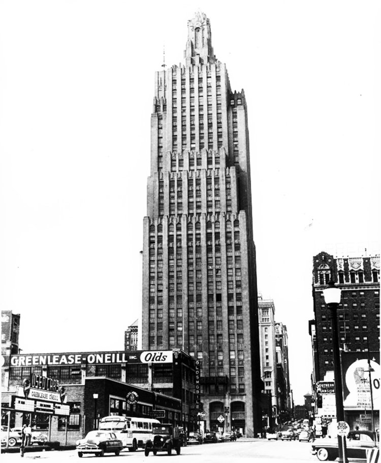 KCP&L Building in the 1930s. Image obtained from Power & Light Apartments.
