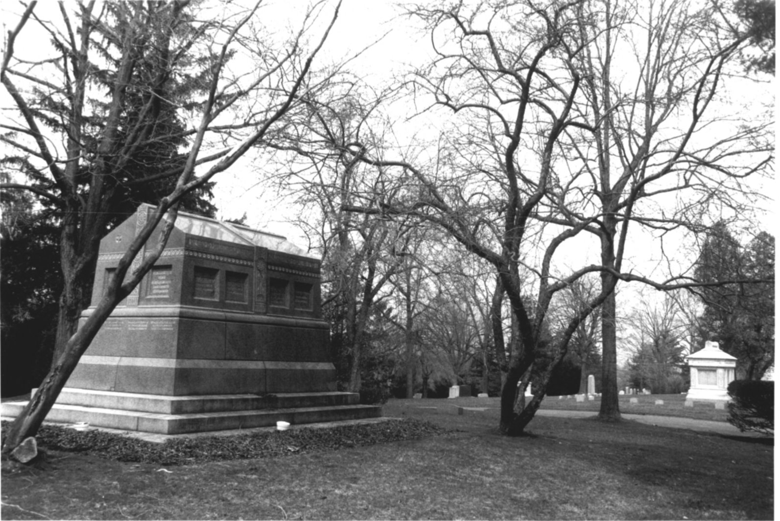 1997 NPS Photo Record of Cedar Hill Cemetary #10