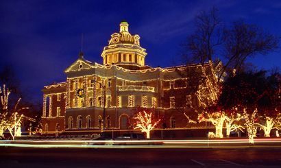 Every winter, Marshall celebrates the Christmas season with a Wonderland of Lights; the pinnacle of the light display is the former county courthouse.