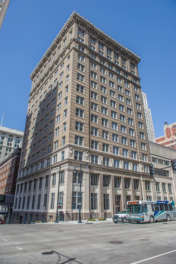 Built in 1906 for the Long-Bell Lumber Company, the R. A. Long Building today houses offices for the UMB Financial Corporation. Image obtained from the Kansas City Business Journal.