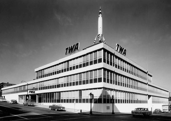 The TWA building shortly after its construction in 1956. Image obtained from Architect Magazine.