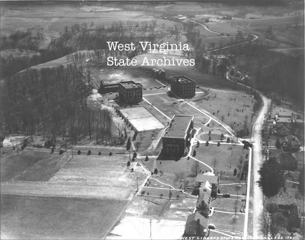 Early aerial photo of West Liberty showing Shaw Hall (center) and the earliest sections of Main Hall.