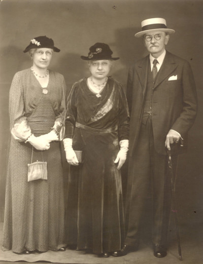 Mary Alice Dyckman Dean, Fannie Fredericka Dyckman Welch and Alexander Welch
