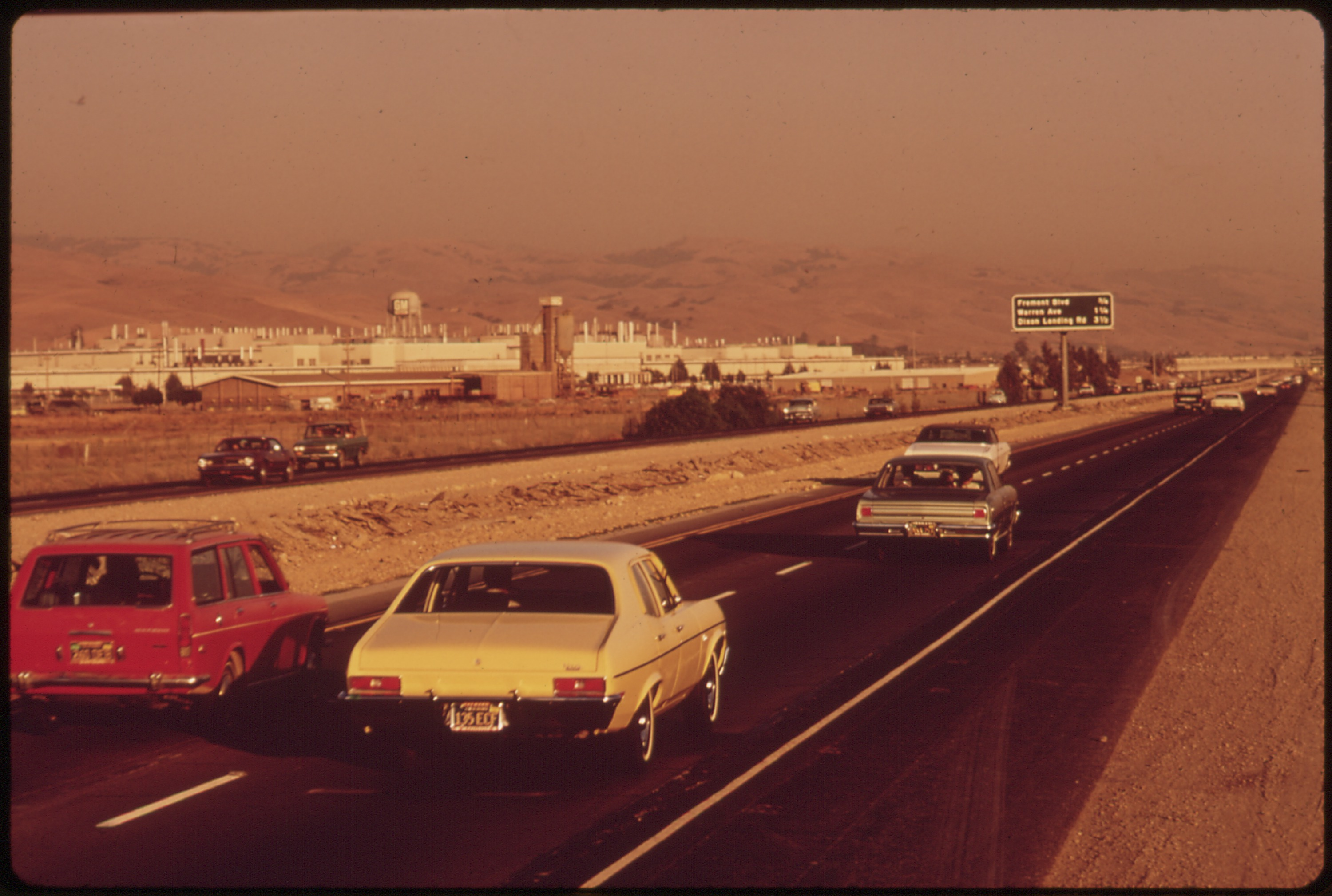 A view of the north side of the plant from the 880 Freeway in 1972. National Archives.