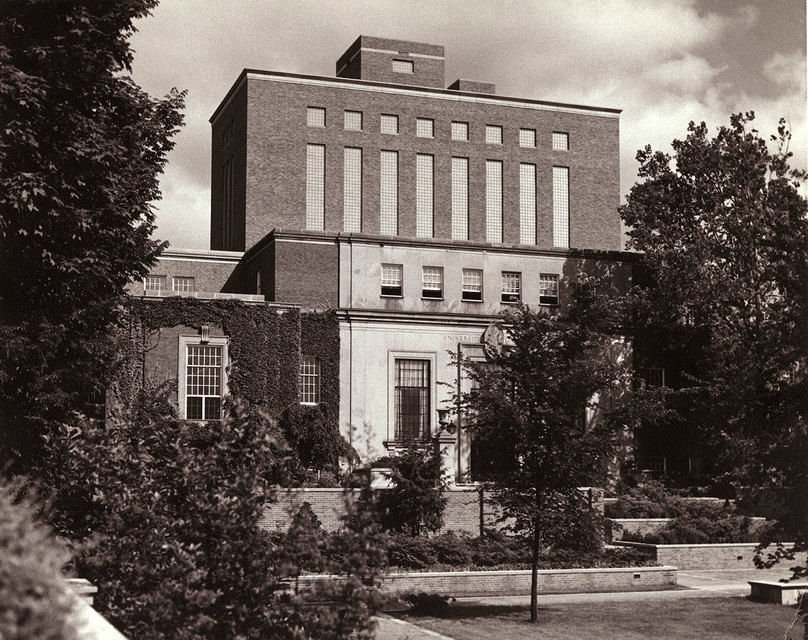 The Charles C. Wise Library after the first structural addition, circa 1960.
