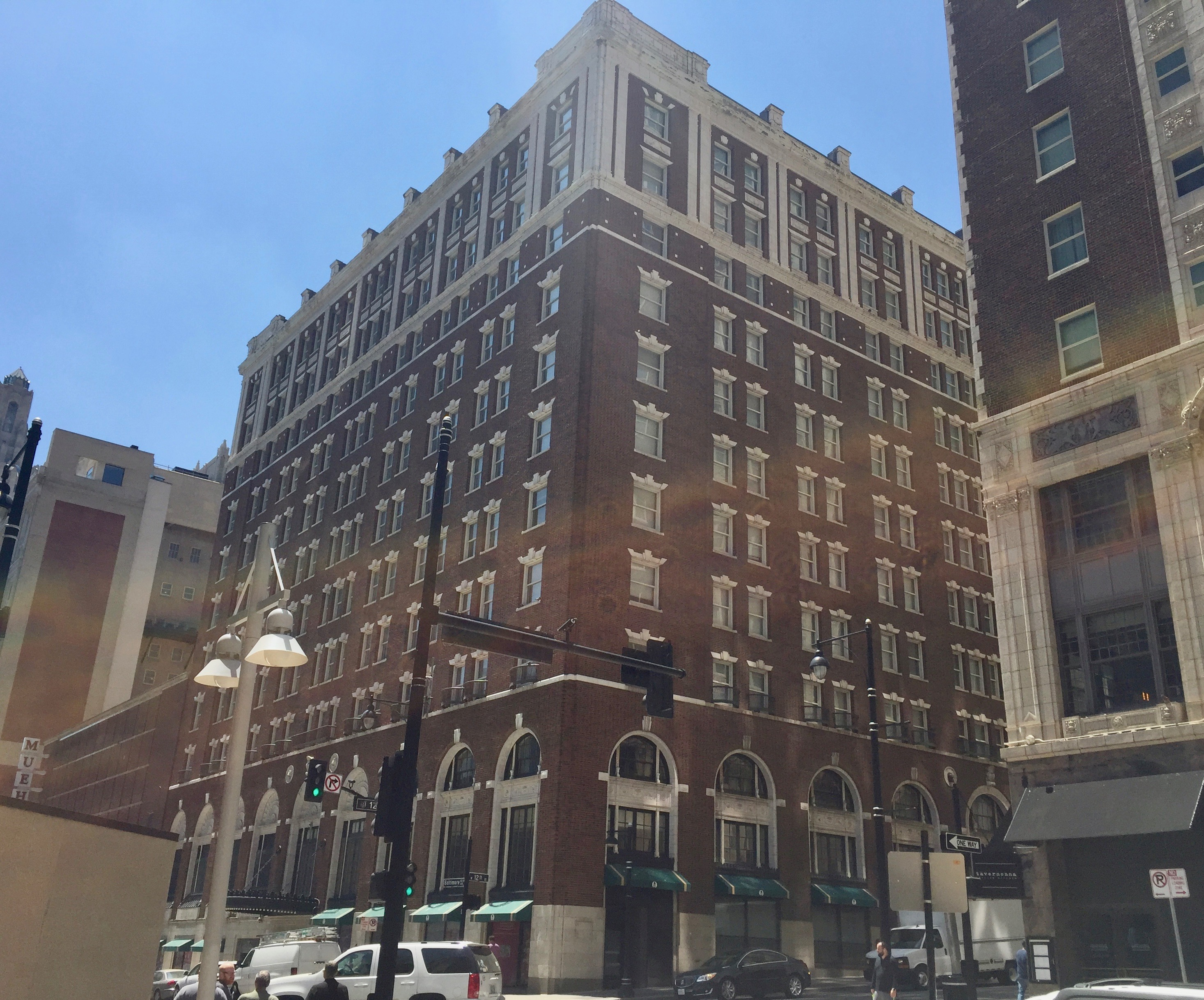 Built in 1915, the Muehlebach was historically one of the most popular hotels in Kansas City and around the world. Image obtained from CityScene KC.