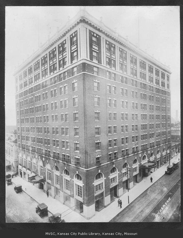 The Muehlebach in 1928. Image courtesy of the Missouri Valley Special Collections.