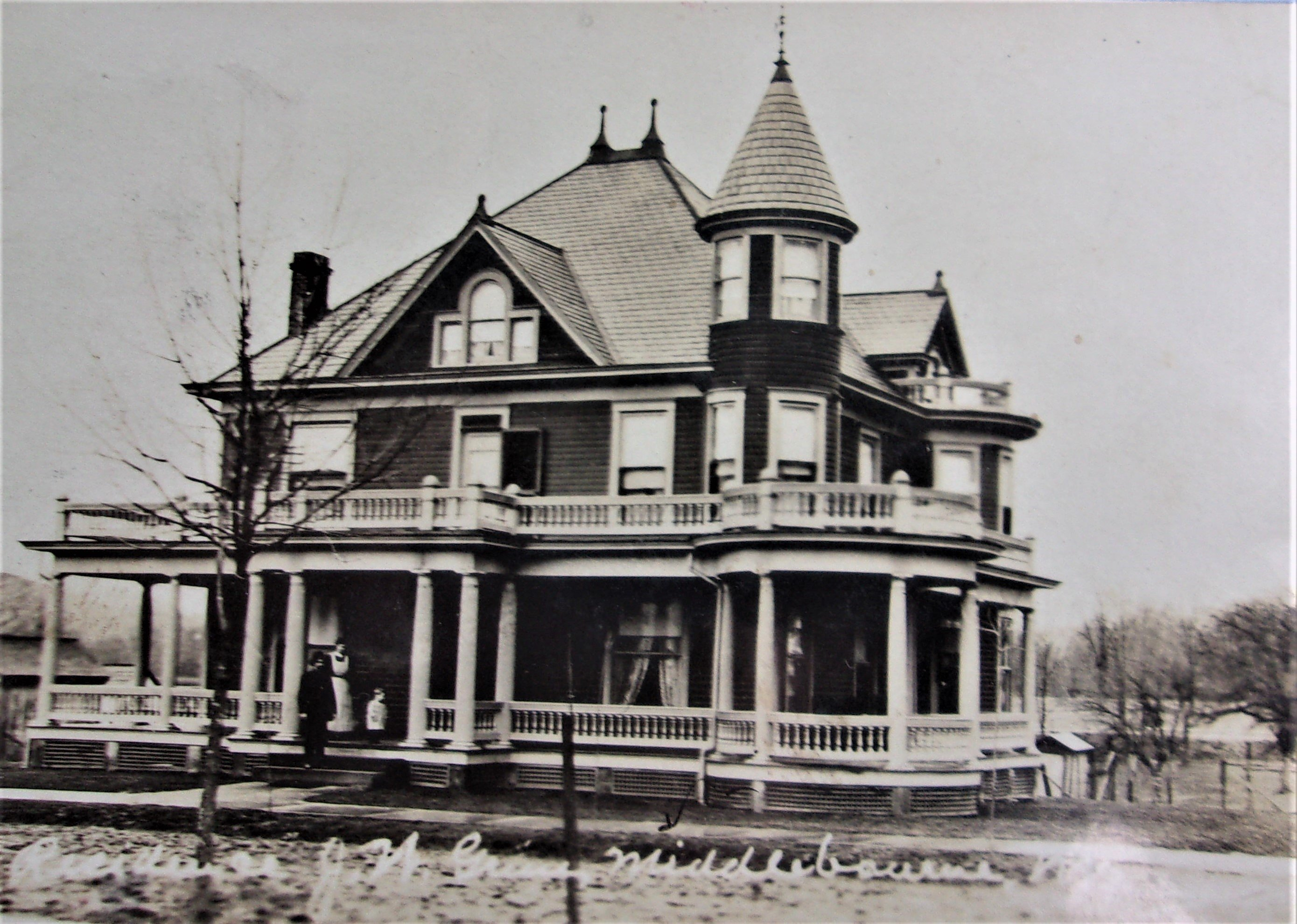 Ca. 1910 view of the J.W. Grim house