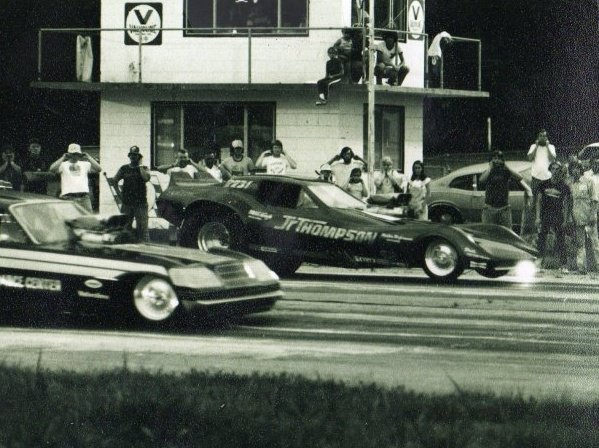 Cars on the Riverside Dragway