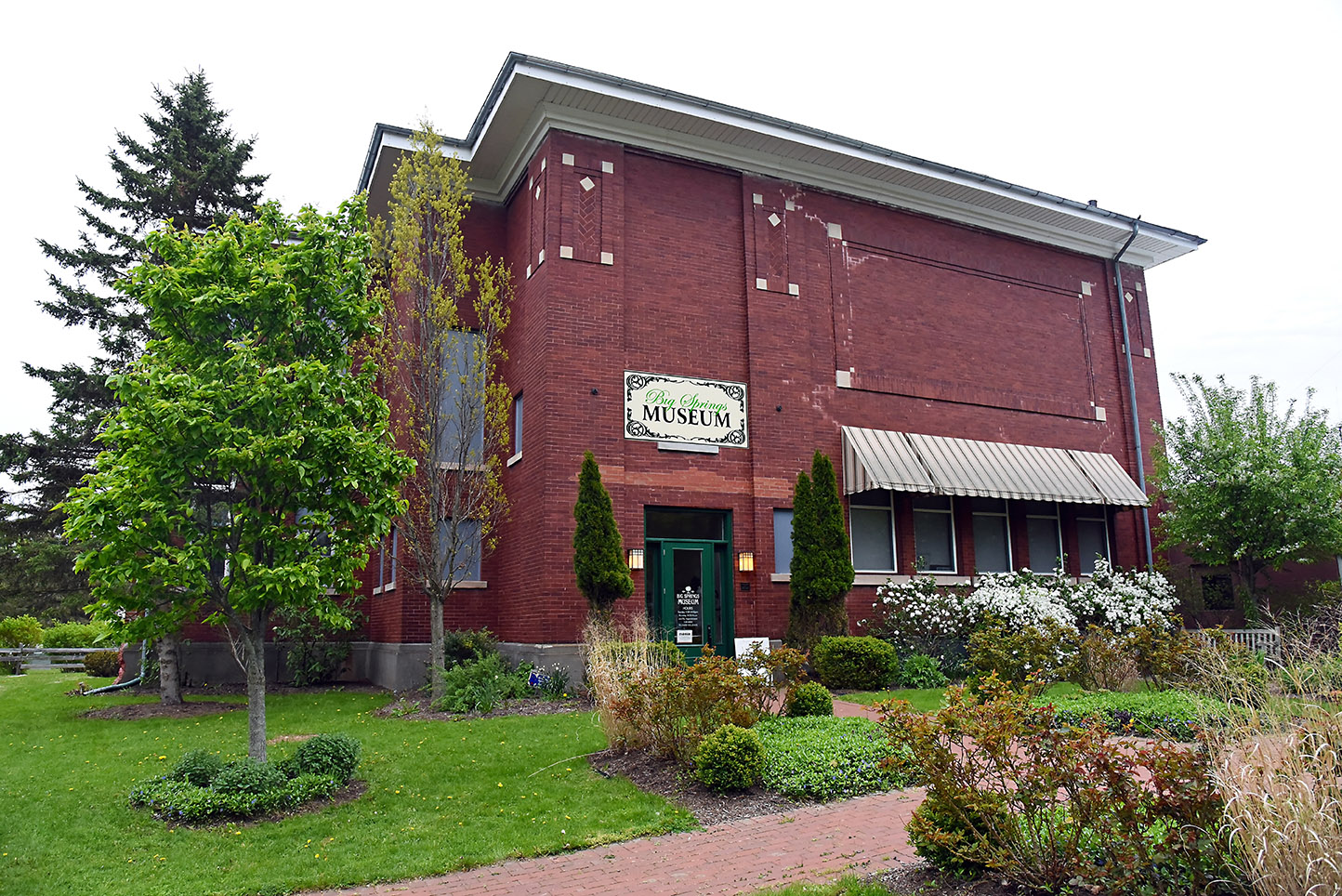 Big Springs Historical Society & Museum is located inside the former Caledonia School which was constructed in 1876.
