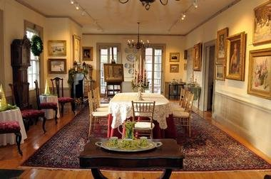 Dining room gallery (image from Vacation Idea)