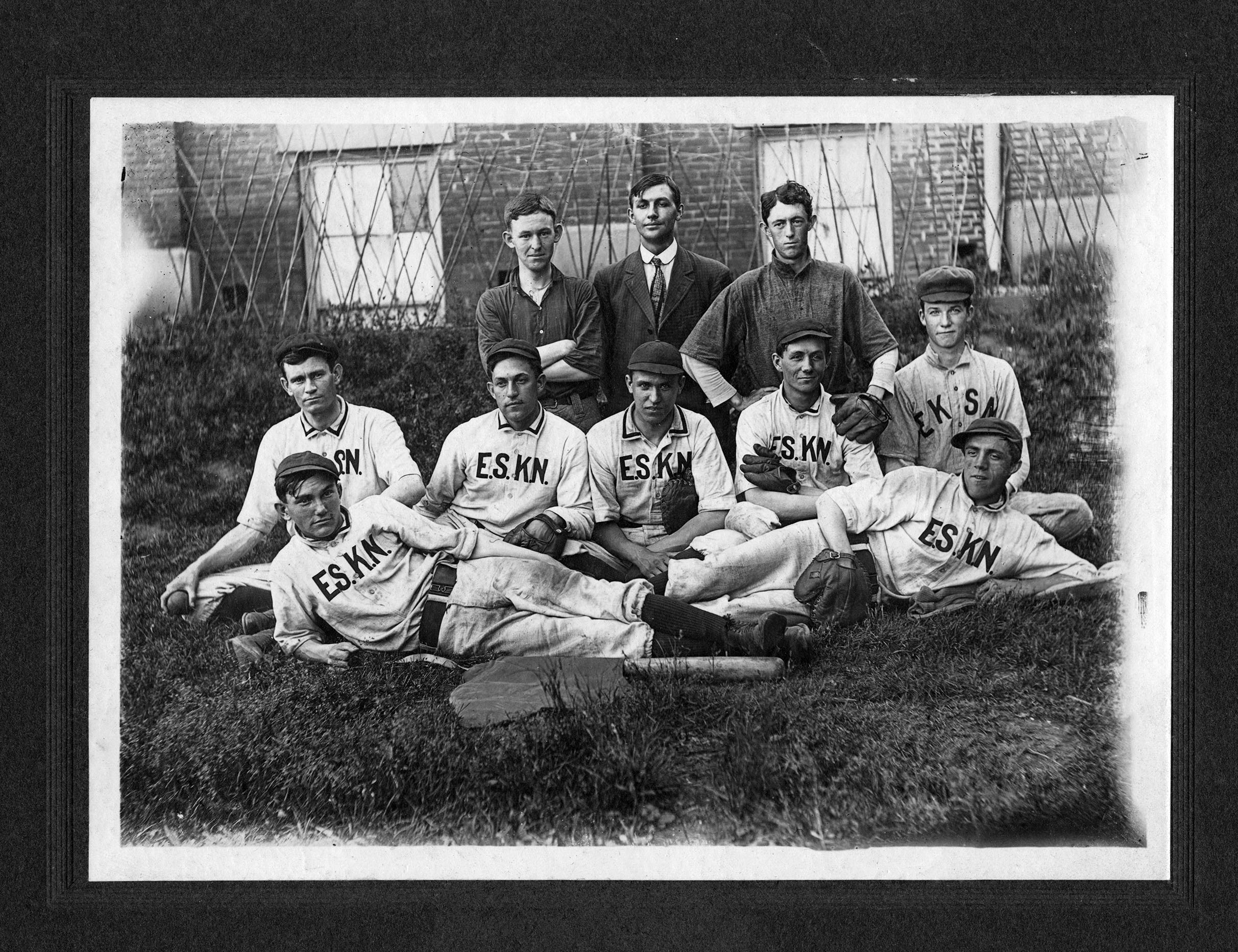 Team photo.  ca. 1925.  EKU Photograph Collection.