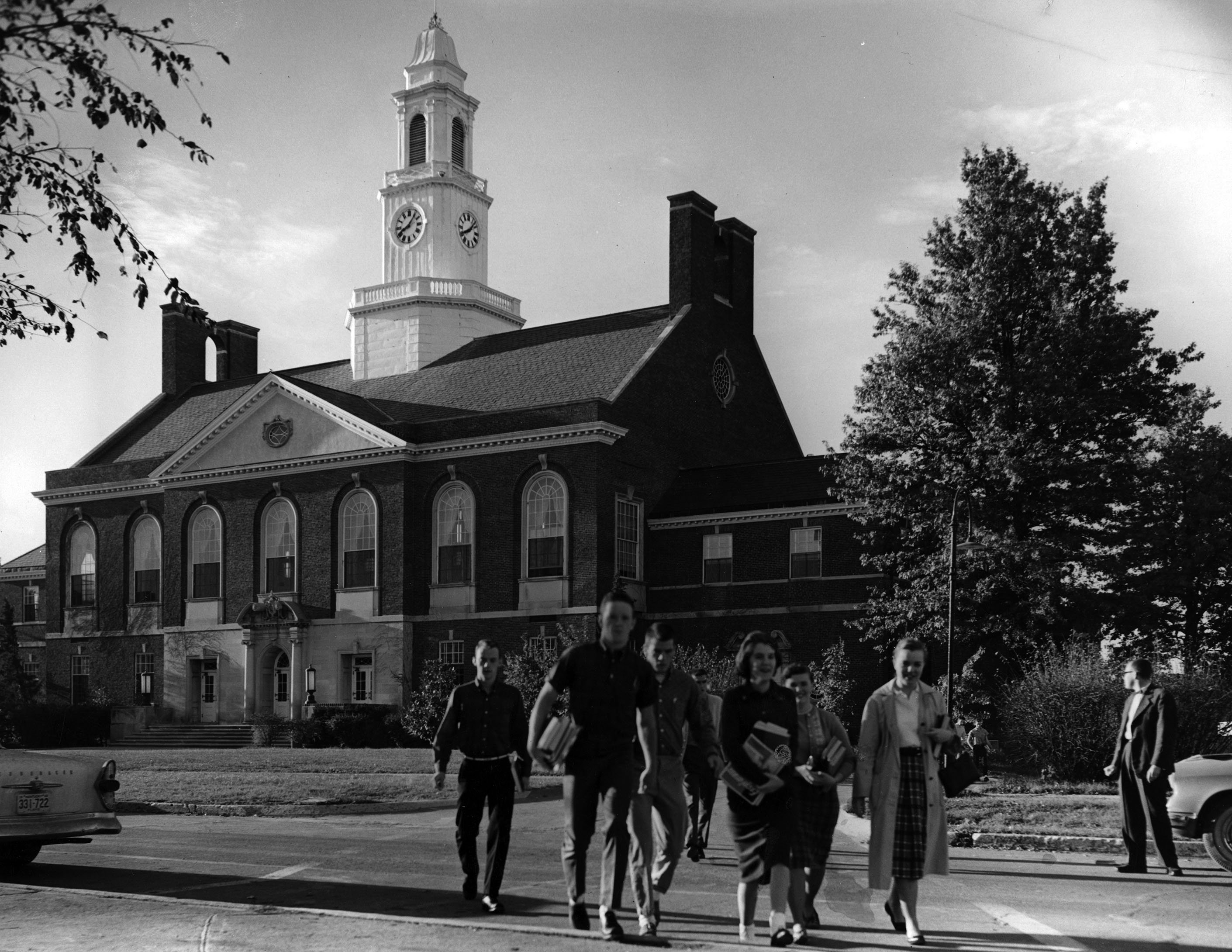 Students walking away from Keen Johnson Building, ca. 1961. EKU Photograph Collection.
