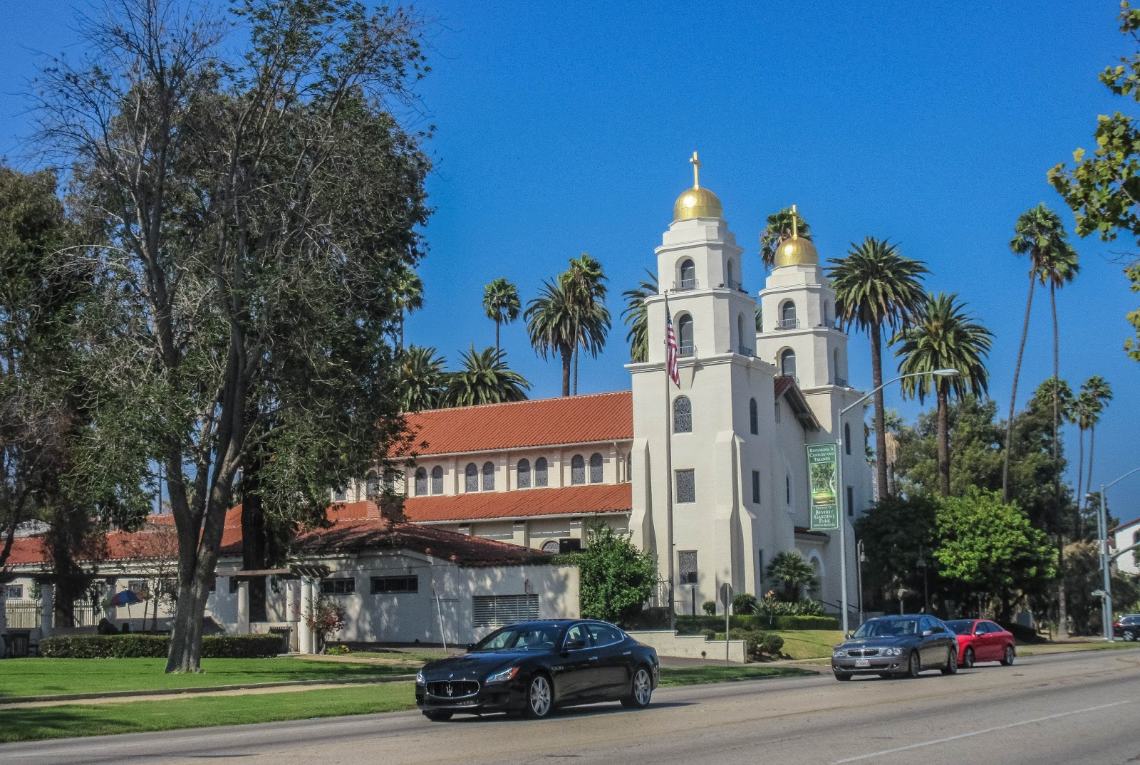The church on N. Roxbury drive as seen entering Beverly Hills on N. Santa Monica Boulevard