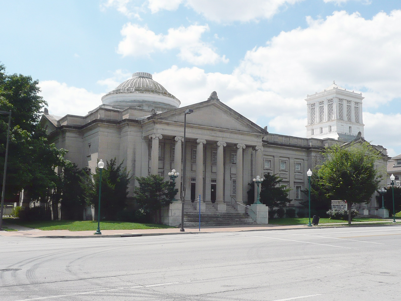The Beaux-Arts style IBCC was constructed in 1904, with later additions in 1909 and 1919. Image obtained from Wikimedia.