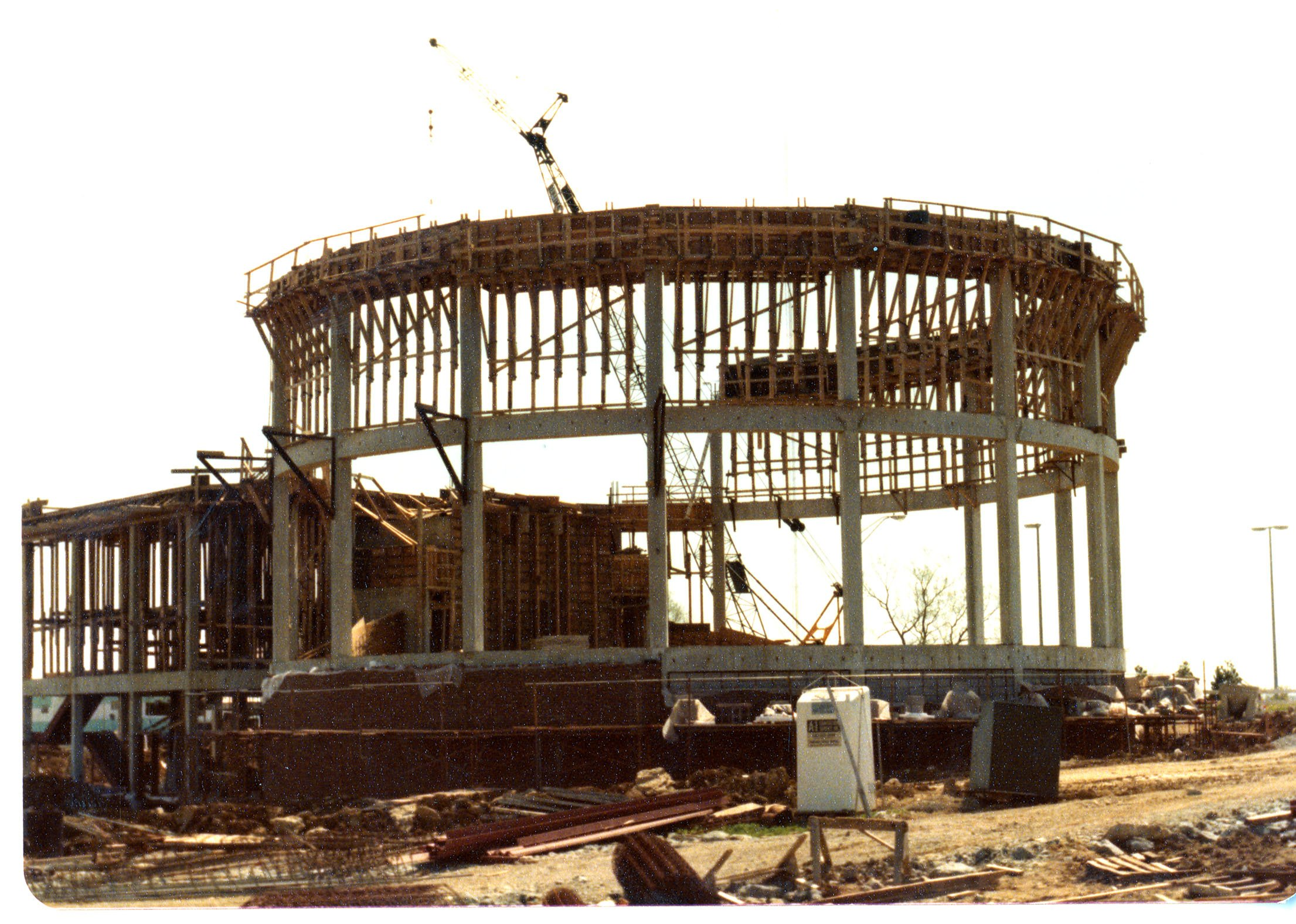 Construction of the Hummel Planetarium, ca. 1978. EKU Photograph Collection.