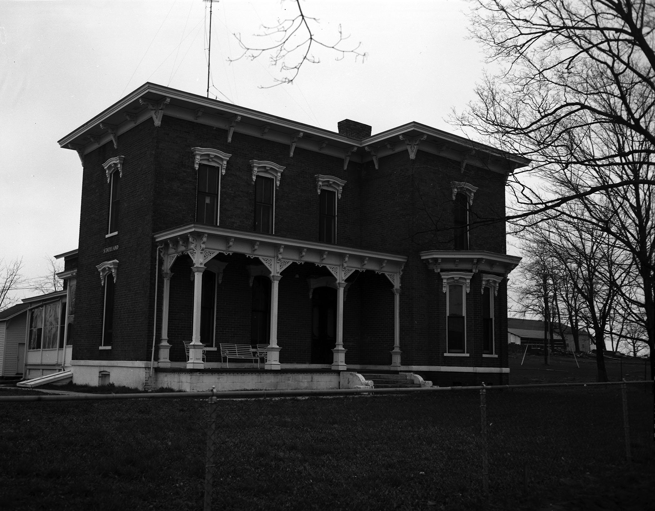 Front view of Ellendale, 1961. EKU Negative Collection.