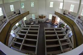 Round Church, interior. The church was renovated in the 1970s and once again in 2005, repairing the roof and repainting the entire building.