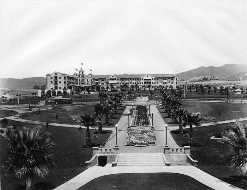 A historic photograph of the Beverly Hills Hotel taken from the site of the Will Rogers Memorial Park (then called Sunset Park), ca. 1915
