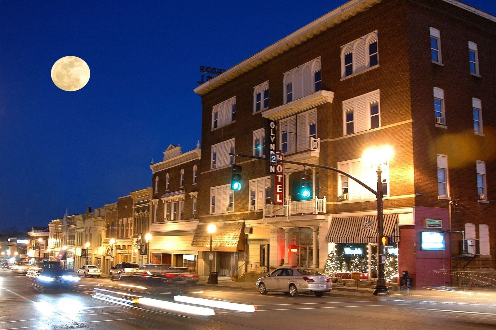 Downtown Richmond at night.