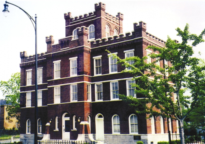Renovated in the 1990s, it is now home to the Moultrie-Colquitt County Chamber of Commerce.