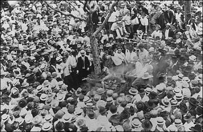 A Fred Gildersleeve image of the lynching of Jesse Washington.