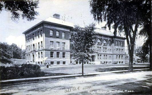 Medford High School, 1910 (image from family-images.com)