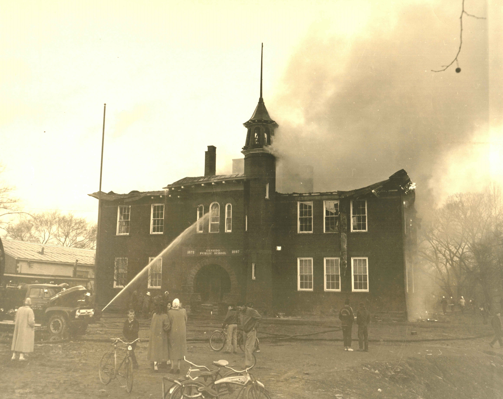 The second building was destroyed in a dramatic fire on Valentine's Day 1957, shortly after students had left for the day. Image courtesy of the Ceredo Historical Society Museum.