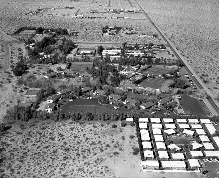 An aerial view of the Racquet Club in Palm Springs, 1955